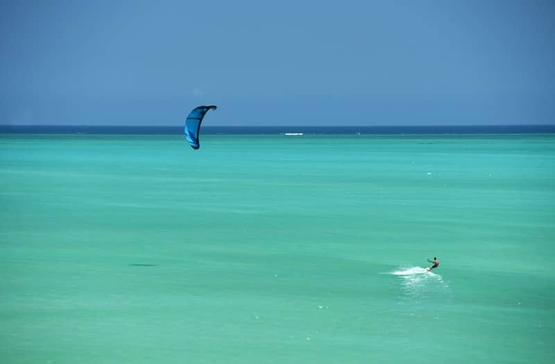 water_expeditions_kite